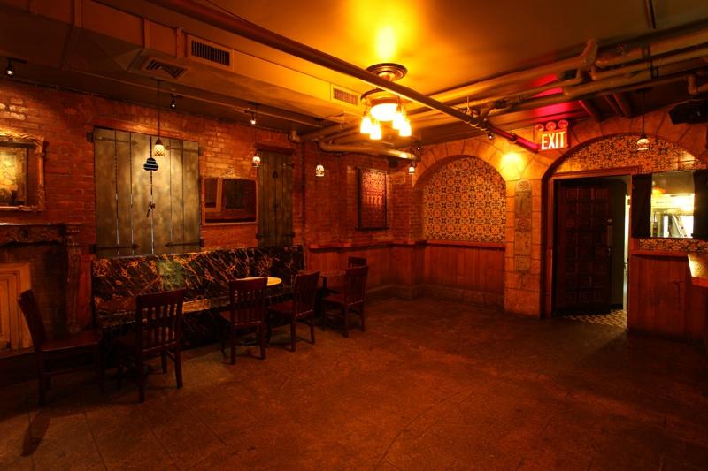 Advertisements & 21st Birthday Party in The Oak Cellar @ Jakeu0027s Dilemma ...